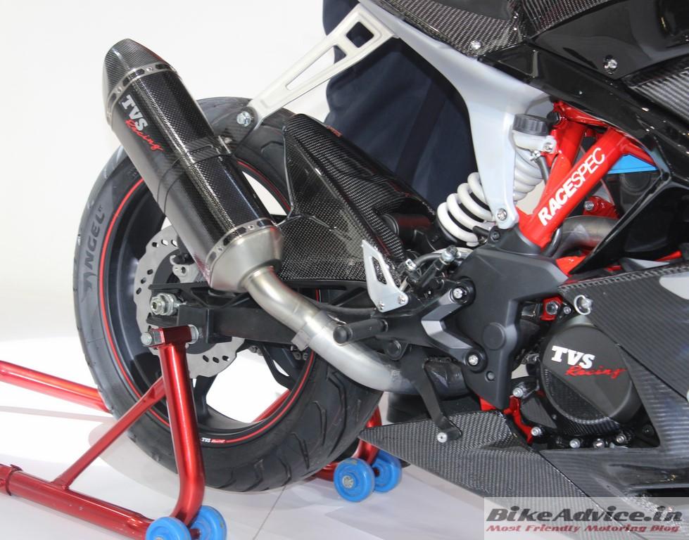 TVS-Akula-310-Motorcycle-Pics-tyre