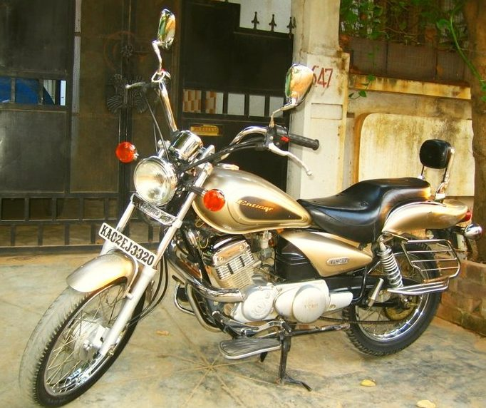 Yamaha Enticer Gold Colour