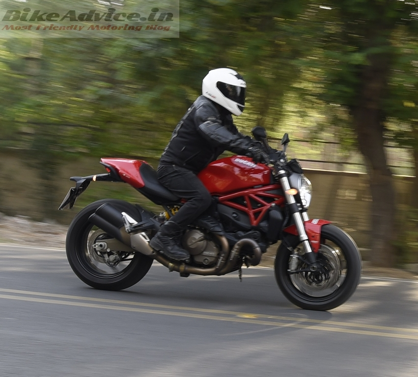 2016 ducati monster 821 review india performance fuel efficiency