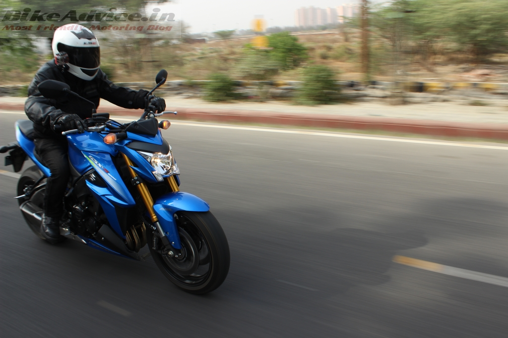S1000 riding position