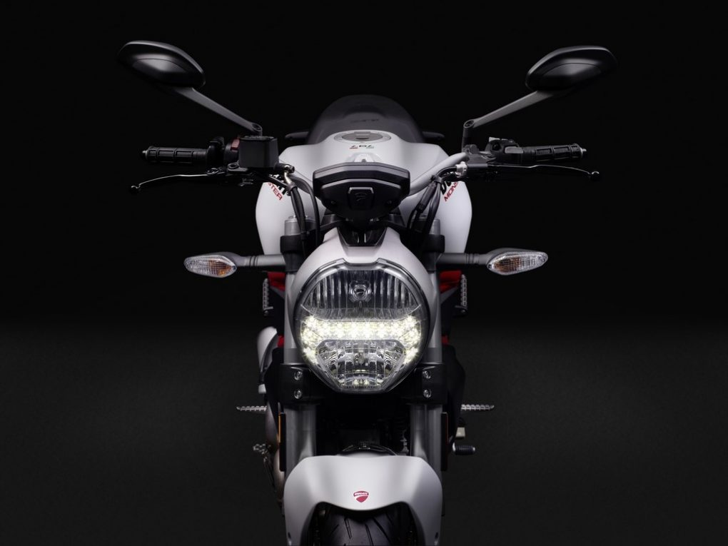 ducati-monster-797-images-7