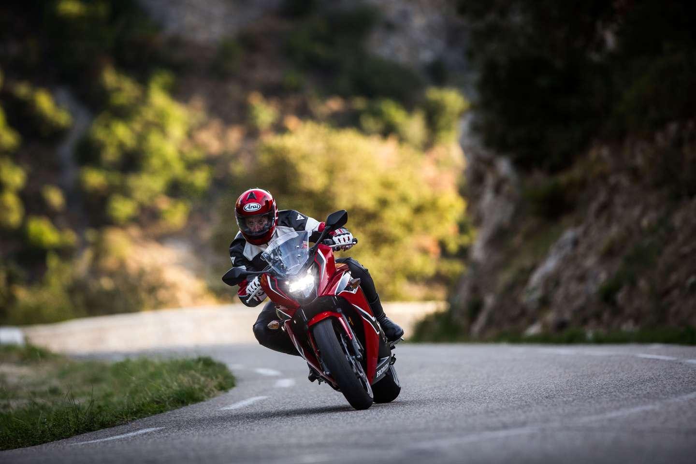 2017 Cbr650f Changes Launch Pics Prices Amp Details