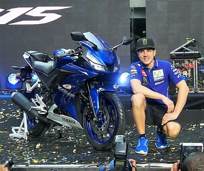 Yamaha r15 v3 launched in thailand pics details for Yamaha motorcycles thailand prices