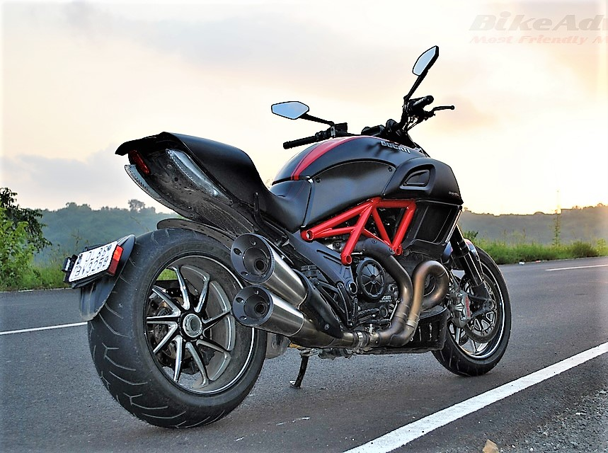 Ducati Diavel Review India – Top Speed, performance, pics