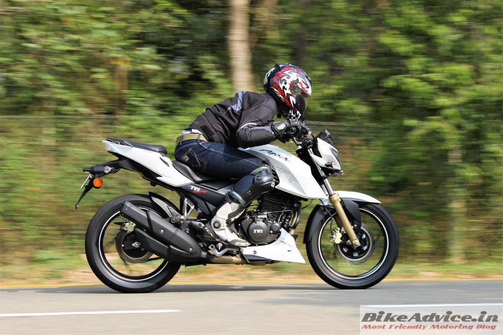 Pleasant Tvs Apache Rtr 200 4V Review Carb Pirelli Non Abs Gmtry Best Dining Table And Chair Ideas Images Gmtryco