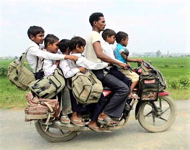 Small Children Completely Banned from Motorcycles in Philippines