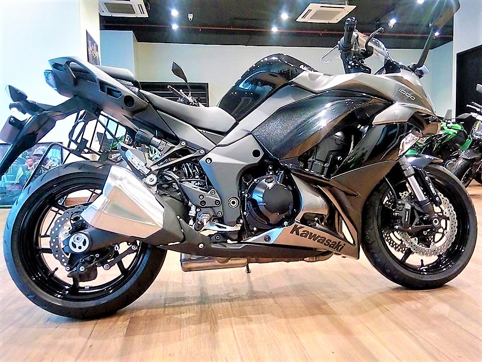 2017 Ninja 1000 Pics Black Colour And On Road Price In Mumbai