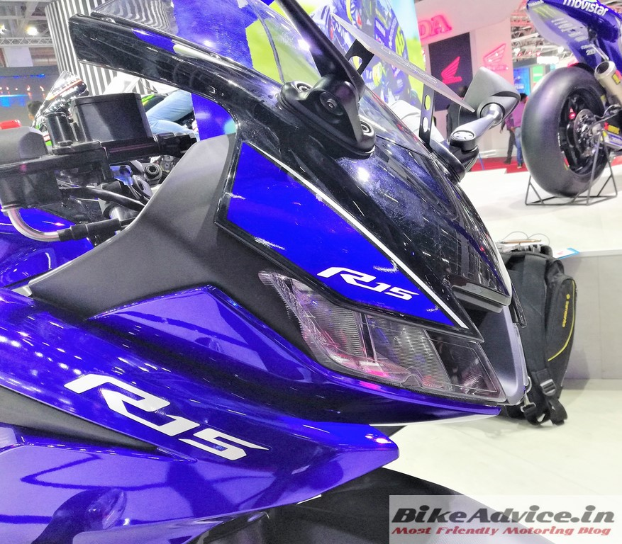 New R 15 V3: Price Increment: New Yamaha R15 V3 Price (Latest), Pics
