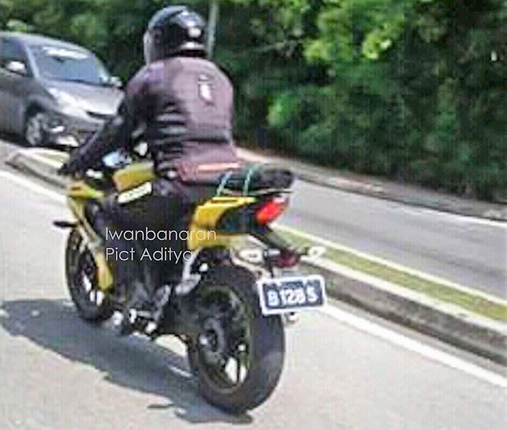2018 Yamaha R15 v3 Pics, Colours & Changes [Indonesia]