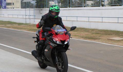 R15 V3 at MMRT pit lane