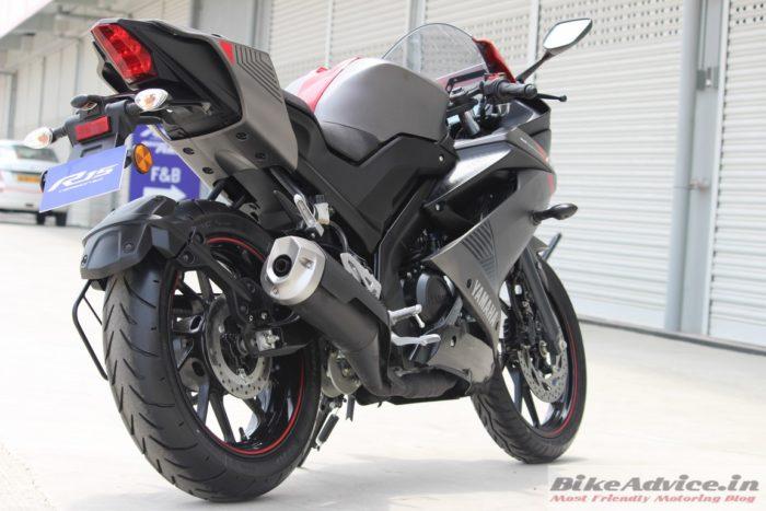 Yamaha YZF-R3 V3 rear tyre