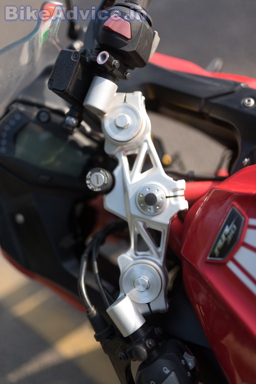TVS Apache RR 310 review build quality