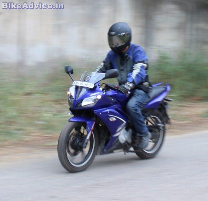 Yamaha YZF R15 V1 handling