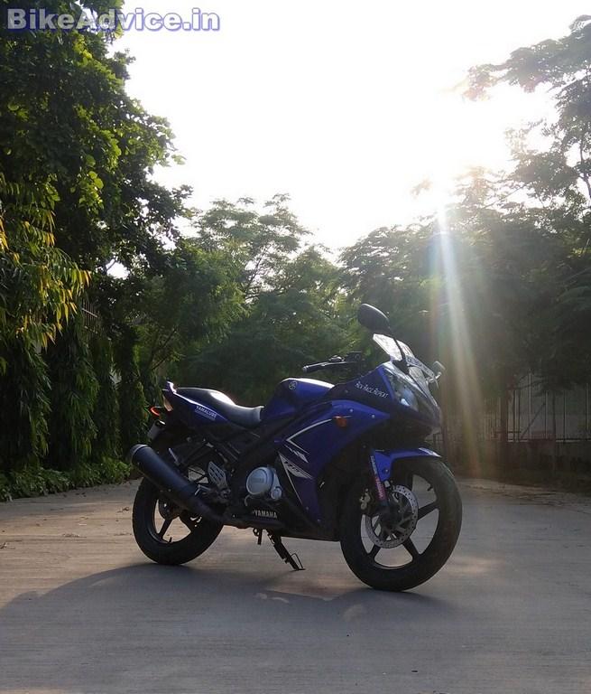 Yamaha YZF R15 V1 seat height