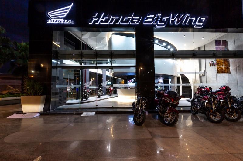 Honda Bigwing dealership pics