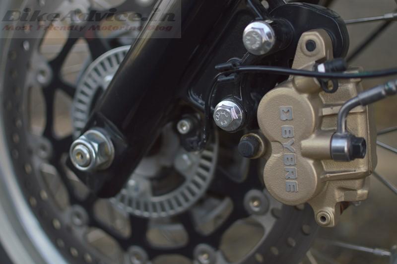 RE-650-brakes