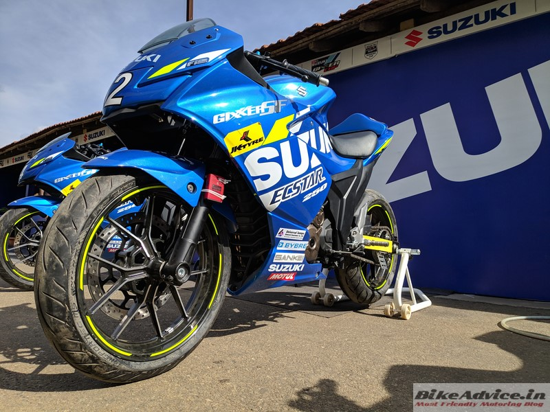 Gixxer SF250 race bike