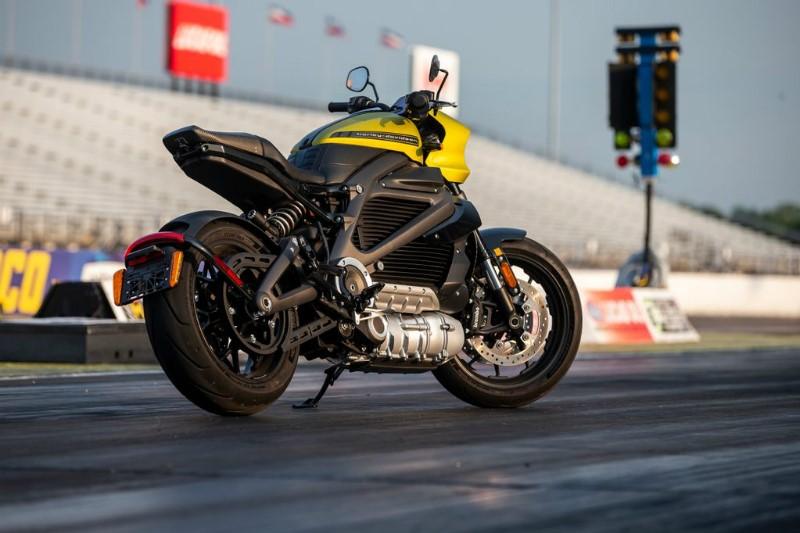 Harley Livewire racing